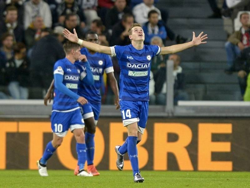 Jakub Jankto z Udine se raduje z premiérového gólu v italské lize.