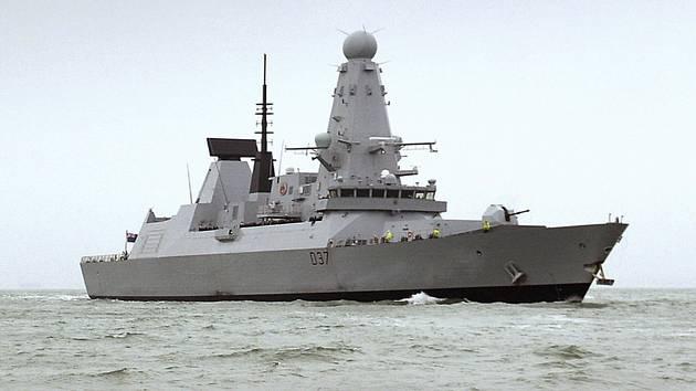 Britský torpédoborec HMS Duncan