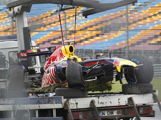 Sebastian Vettel havaroval v tréninku VC Turecka.