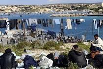 Uprchlíci na jihu Itálie. Ilustrační foto.