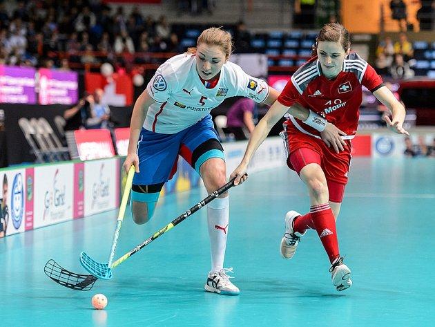 Eliška Krupnová (vlevo) proti Švýcarsku.
