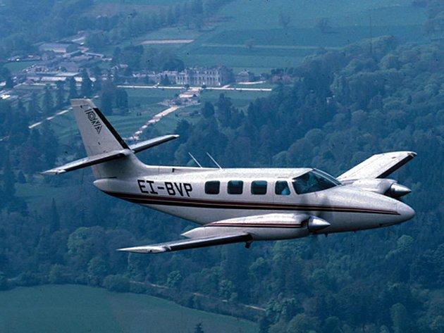 Cessna 303. Stejný typ letadla se zřítil nedaleko Bratislavy