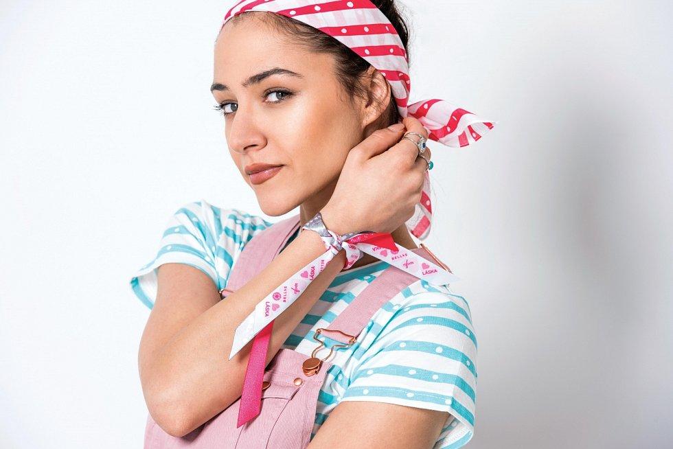 Charitativní projekty jsou podle Evy důležité. Společně s kosmetickou firmou Avon podporují pacienty i jejich rodiny, které potkala diagnóza rakoviny prsu.