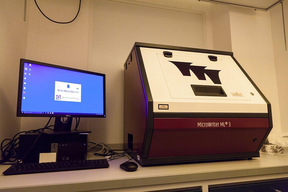 Výroba nanorobotů na Vysoké škole chemicko-technologické