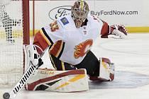 Brankář Calgary Flames David Rittich.