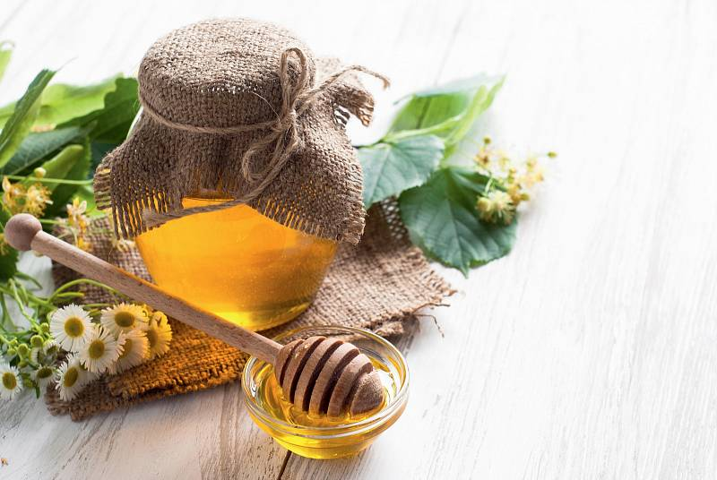 Abychom získali 1 kg medu, musí včely sesbírat nektar z nejméně tří milionů květů.