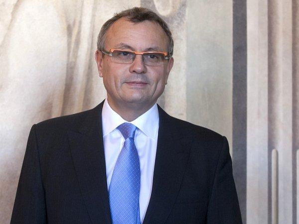 Kandidát na prezidenta Vladimír Dlouhý.