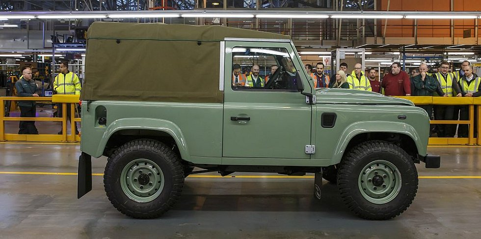 Poslední vyrobený Land Rover Defender.