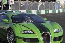 Gurbanguli Berdymuhamedov za volantem Bugatti Veyron.
