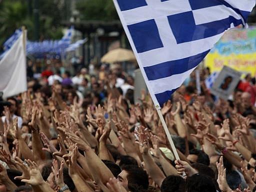 V Řecku se koná čtyřiadvacetihodinová generální stávka na protest proti novým vládním úsporným krokům.