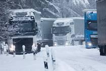 Přívaly sněhu v Bavorsku