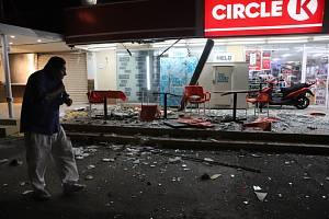 Zemětřesení o síle 7,0 stupně zasáhlo v noci na dnešek hlavní město Mexika