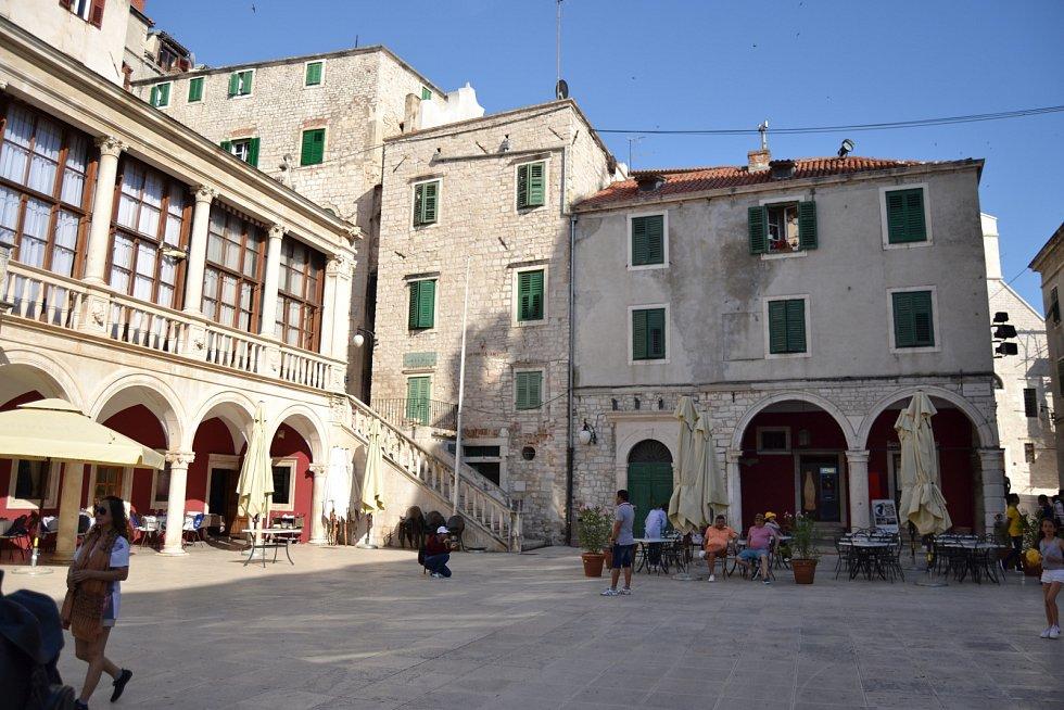 náměstí za katedrálou