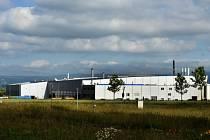 Do průmyslové zóny Joseph u Havraně na Mostecku (na snímku z 20. června) vstupují další investoři, přesto je ještě zhruba 87 hektarů volných.