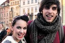 S PŘÍTELKYNÍ. S muzikálovou herečkou a zpěvačkou Michaelou Doubravovou se Roman Tomeš setkává hned v několika inscenacích pražského Divadla Kalich.