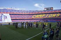 Barcelona před oslavami titulu remizovala s La Coruňou