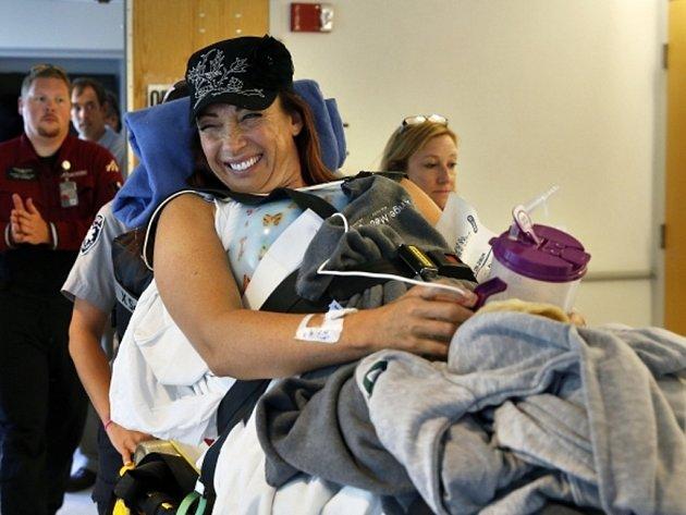 Bývalá slavná plavkyně Amy Van Dykenová je po nehodě ochrnutá.