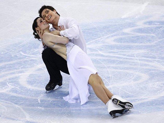 Kanadský taneční pár Tessa Virtueová, Scott Moir poprvé v kariéře získal světový titul.