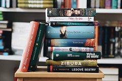 Knihy vydavatelství Albatros. Ilustrační snímek