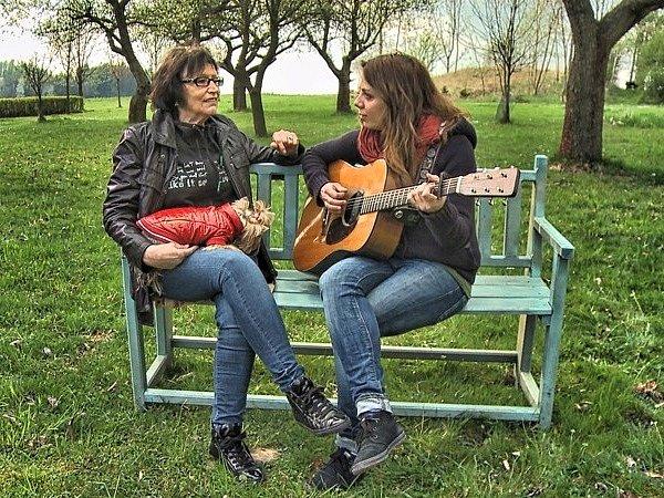 Marta Kubišová s Anetou Langerovou.