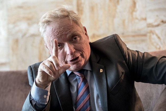 Advokát Pavel Smutný.