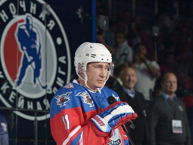 Putin oslavil narozeniny sedmi góly.