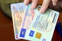 Slovensko připravuje zrušení rodných čísel, která umožňují identifikaci osob. Stát tak chce chránit soukromí obyvatel.