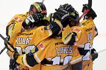 Finále hokejové extraligy mezi Třincem a Litvínovem: Radost hostů