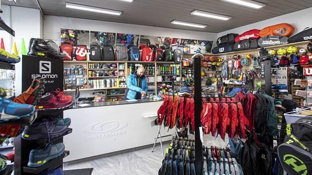 Zavřený obchod se sportovním zbožím