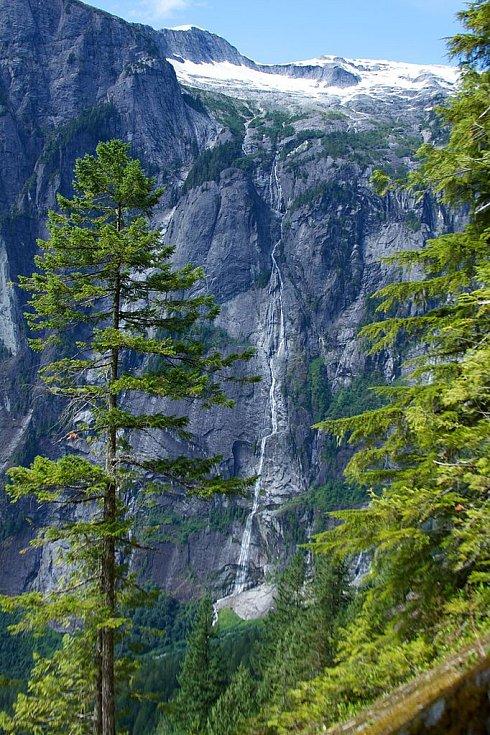 Vodopád Jamese Bruce v Kanadě