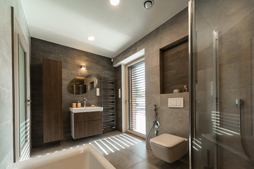 Koupelna se nachází v přízemí.