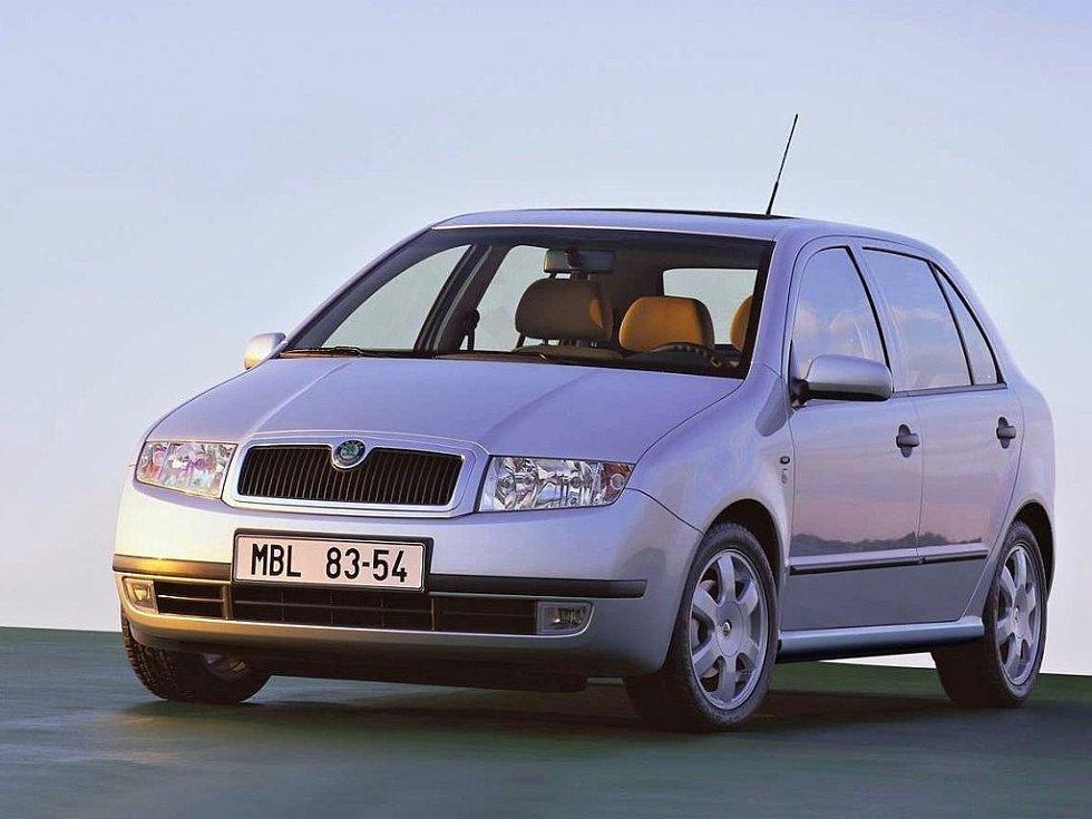 Škoda Fabia první generace byla představena v roce 1999.