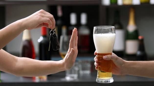 Alkohol a řízení - Ilustrační foto