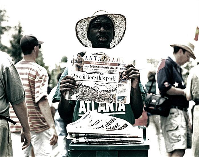 Teroristický útok na olympiádu v Atlantě se odehrál 27. července 1996. Olympijský park se pro návštěvníky po události znovu otevřel 30. července (snímek pochází ze dne otevření).