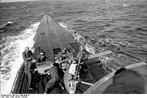 Němečtí vojáci na palubě bojové ponorky U-123