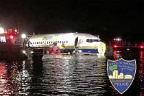 Letadlo na Floridě sjelo do řeky