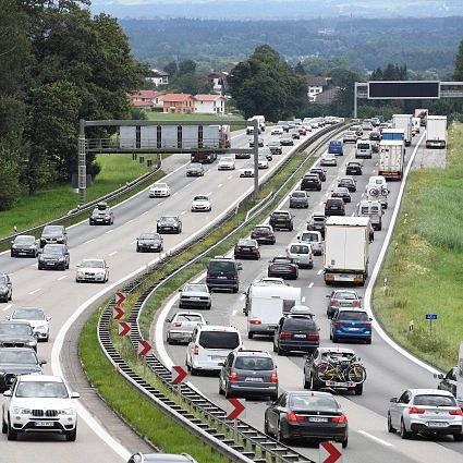 Německé dálnice mají zavádět mýtné