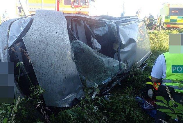 Při nehodě bylo zraněno šest osob.