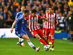 Chelsea - Atlético Madrid: Diego Costa u míče