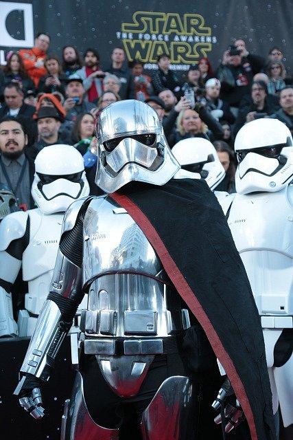 Premiéra snímku Star Wars: Síla se probouzí.