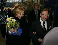 Premiéra divadelní hra Odcházení: Václav Havel s manželkou