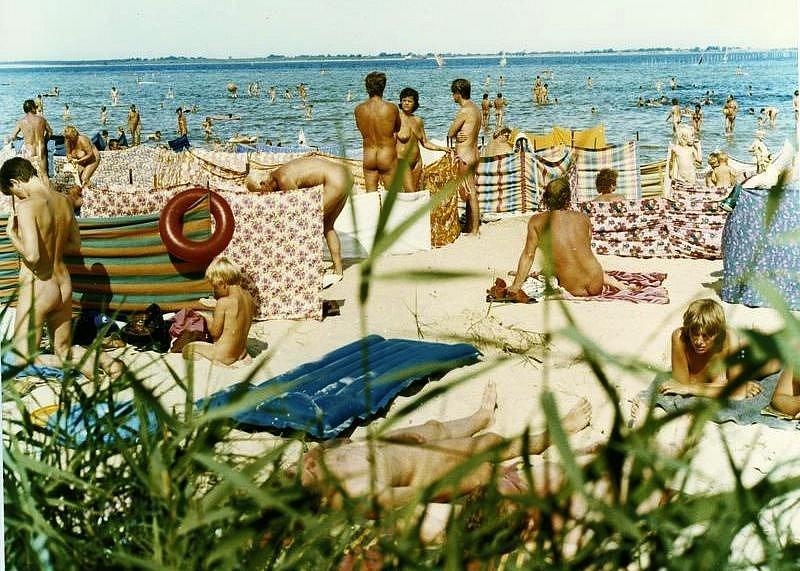 Nudisté a naturisté za časů Německé demokratické republiky.