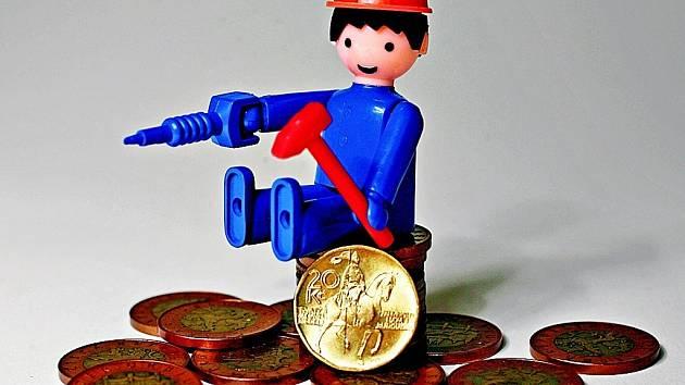 V letošním roce mzdy zaměstnanců rostou, stejně jako HDP a výkonnost ekonomiky.