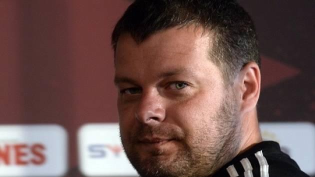 Trenér fotbalového týmu Levadia Tallinn Marko Kristal