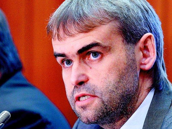 Šéf Útvaru pro odhalování organizovaného zločinu Robert Šlachta.