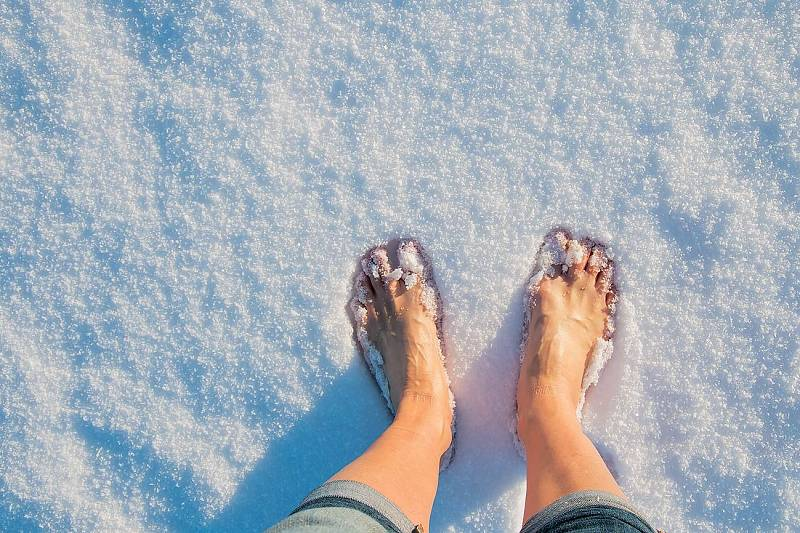 Není vůbec špatné se vzimě zout aprojít se popořádné vrstvě sněhu.