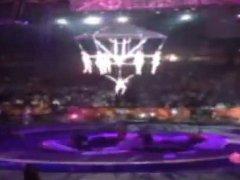 Dvacet lidí bylo zraněno při vystoupení akrobatek na hrazdě v cirkuse Barnum & Bailey ve městě Providence v americkém státě Rhode Island.
