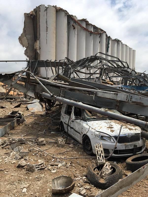 Český tým USAR pomáhá pátrat v troskách přístavu v Bejrútu po přeživších