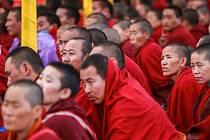Peking také vystěhovává místní obyvatele.
