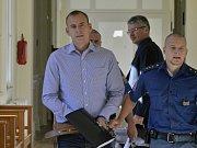 MILAN KREMEL, předseda představenstva, Clanroy, obžalovaný